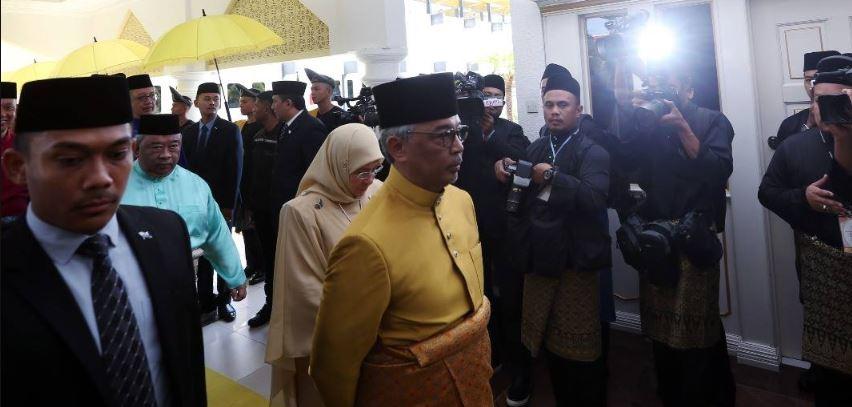 Sekitar Majlis Istiadat Pemasyhuran Sultan Pahang ke-6, Sultan Abdullah dimasyhur Sultan Pahang_5c3d6cd0aa332.jpeg